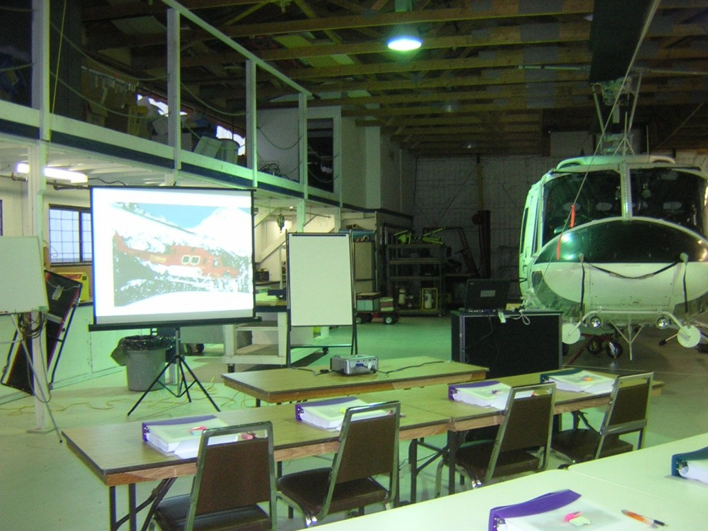 B212 classroom with helicopter